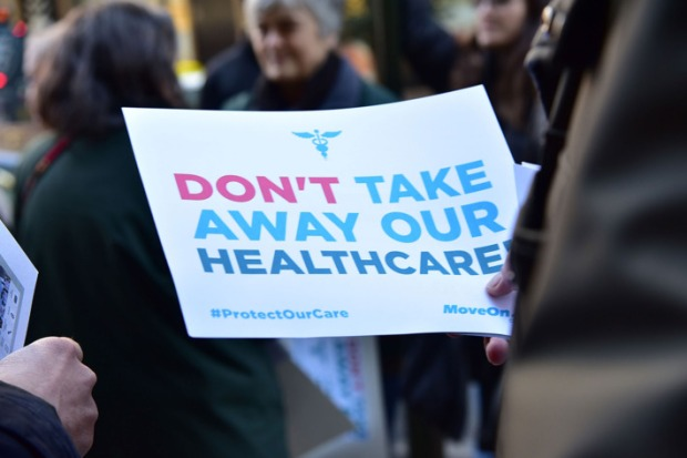 29-obamacare-protest-w710-h473